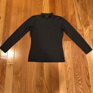 Under Armour youth lg cold gear shirt